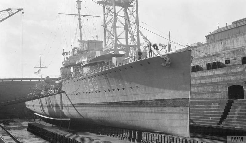 Destroyer HMS Vampire G50 in dry dock, Rosyth Dockyard ©  Imperial War Museum.
