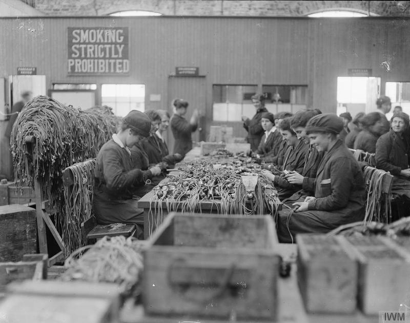 Girls at work in the Assembly sheds, Grangemouth minelaying base ©  Imperial War Museum.